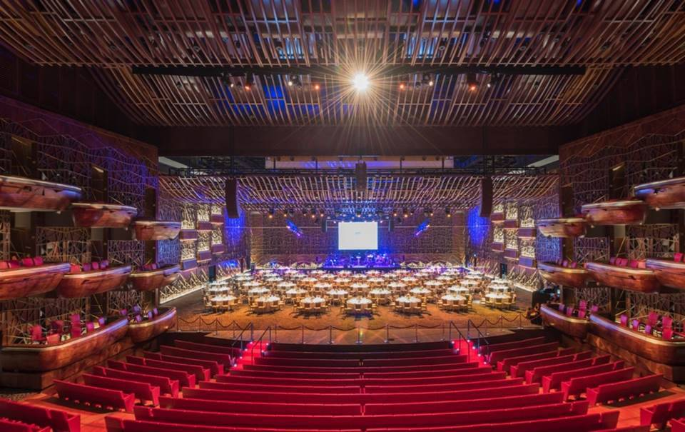 Дубайская опера — площадка-трансформер: из театра она превращается в концертный зал, а из него — в event-холл